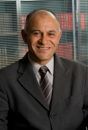 Nelson    Figueiredo, Esq.