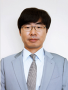 Dong-Yeol  Shin, Esq.