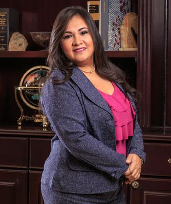 Angela  Calderón
